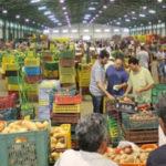 Ouverture du marché de gros trois jours par semaine : Une mesure causant l'encombrement et la hausse des prix